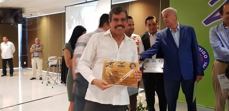 Fundación Tony reconoce labor del periódico Imagen de Veracruz