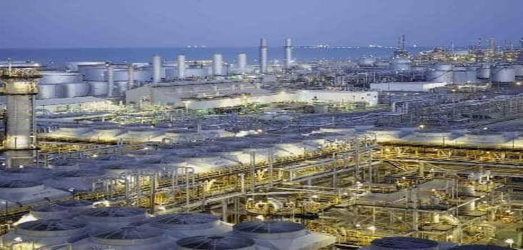 Arabia Saudita inicia guerra petrolera: baja sus precios y alza producción de crudo