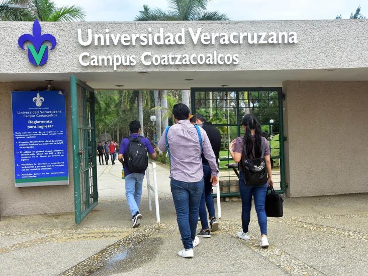 Alumnas de la UV cumplen con sumarse al Paro Nacional