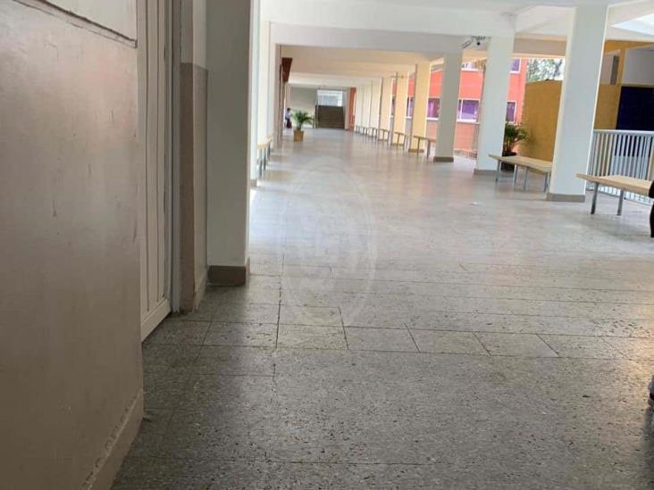 UV resiente ausencia de mujeres en las aulas