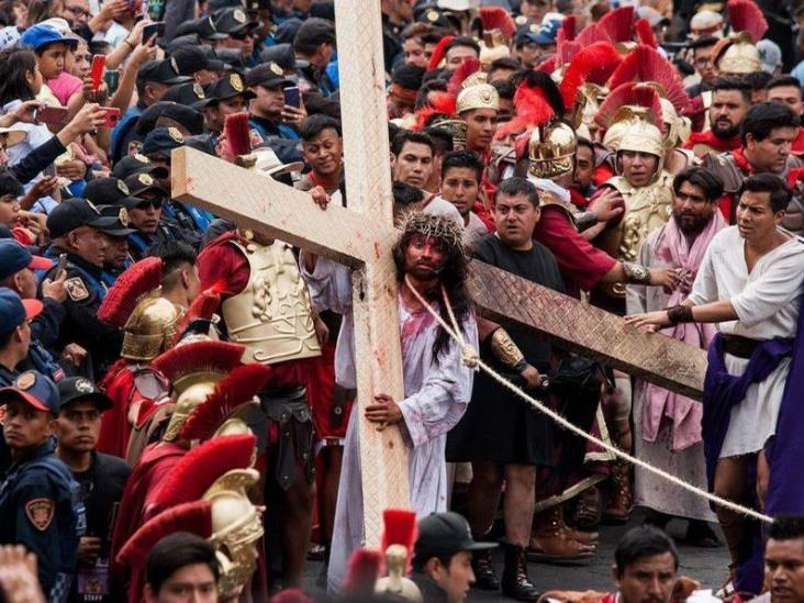 La pasión de Cristo en Iztapalapa, pese a coronavirus.