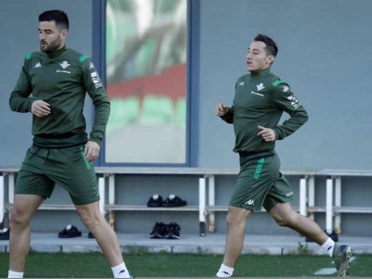 Guardado y Lainez vuelven a entrenamientos del Betis