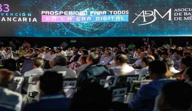Banqueros de México en alerta, tras convención surge caso de coronavirus