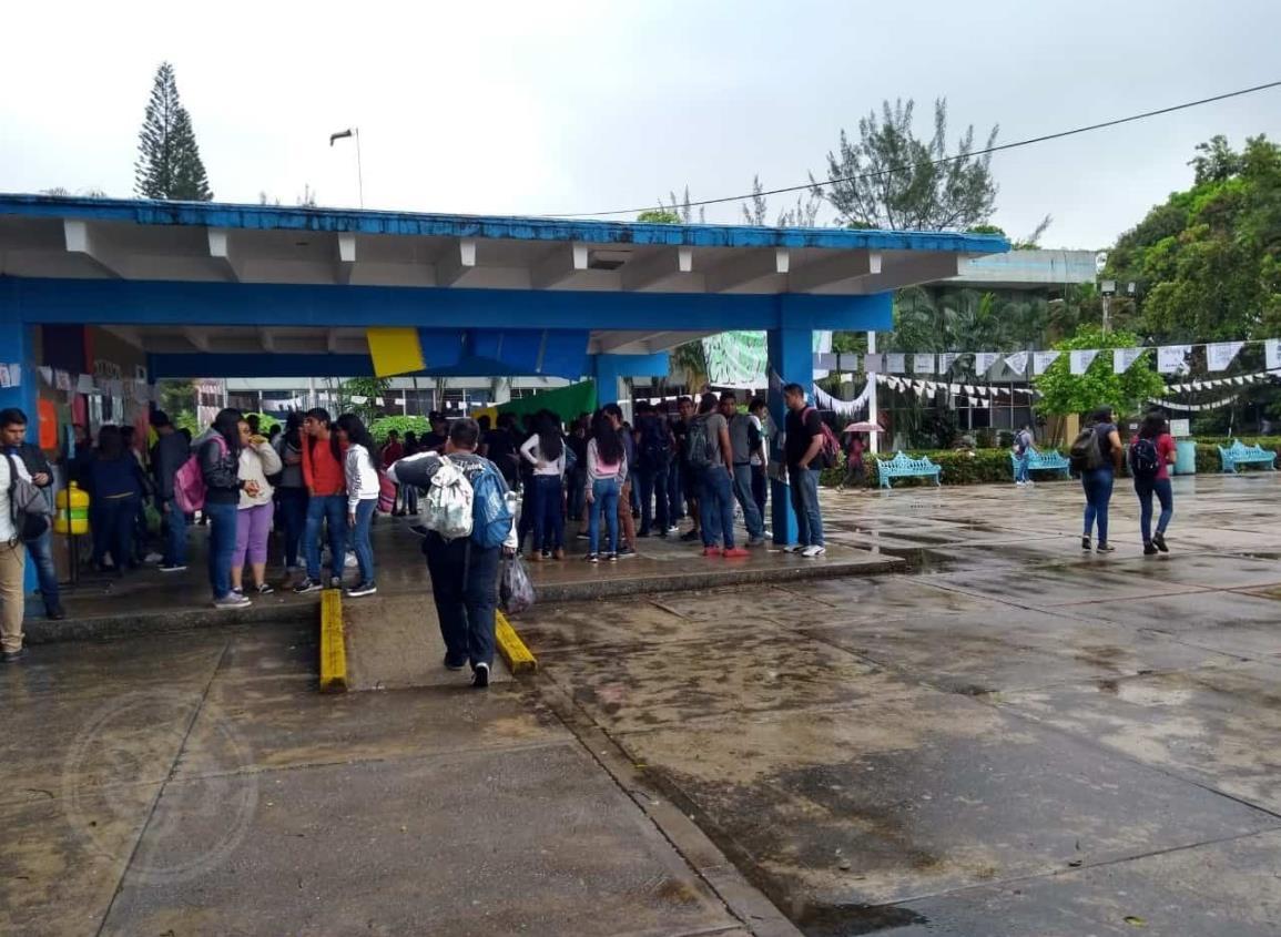 Suspenden graduación en Tecnológico de Minatitlán