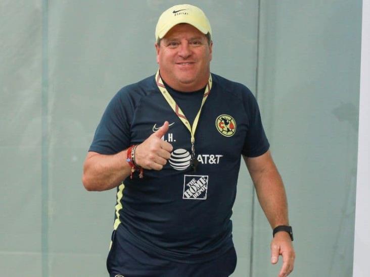 Oficial: Miguel Herrera renovó con América hasta 2024