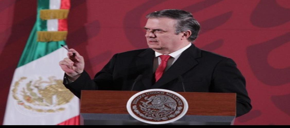 Frontera México-EU se mantendrá abierta, pero con restricciones