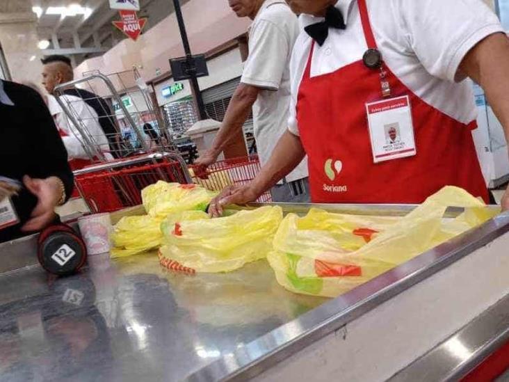 Supermercados suspenden labor de los adultos mayores