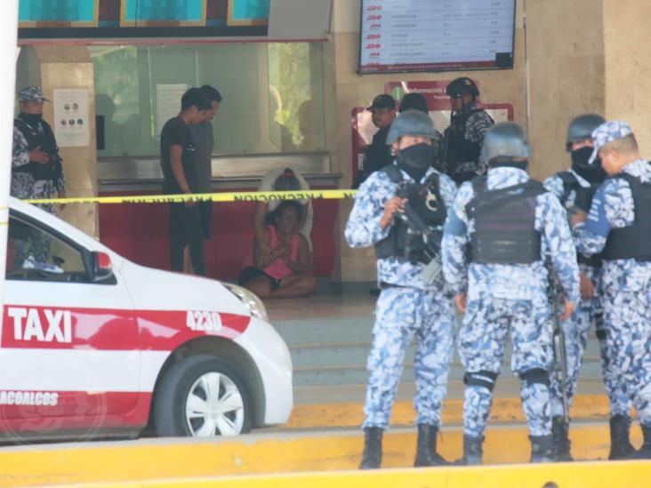 Acribillan a taxista y muere en central camionera de Coatzacoalcos