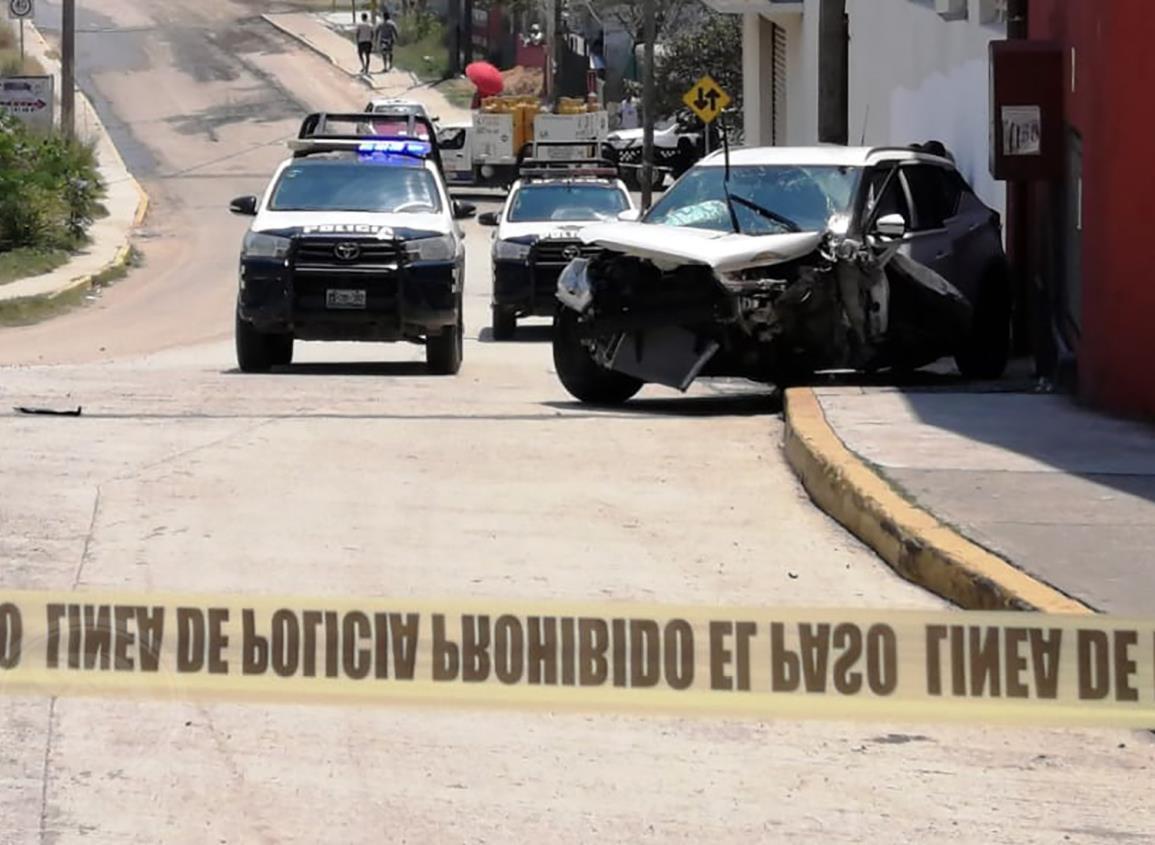 Robo de camioneta genera persecución a balazos en Coatza
