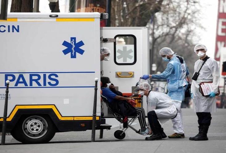 Francia intensifica medidas ante aumento de contagios