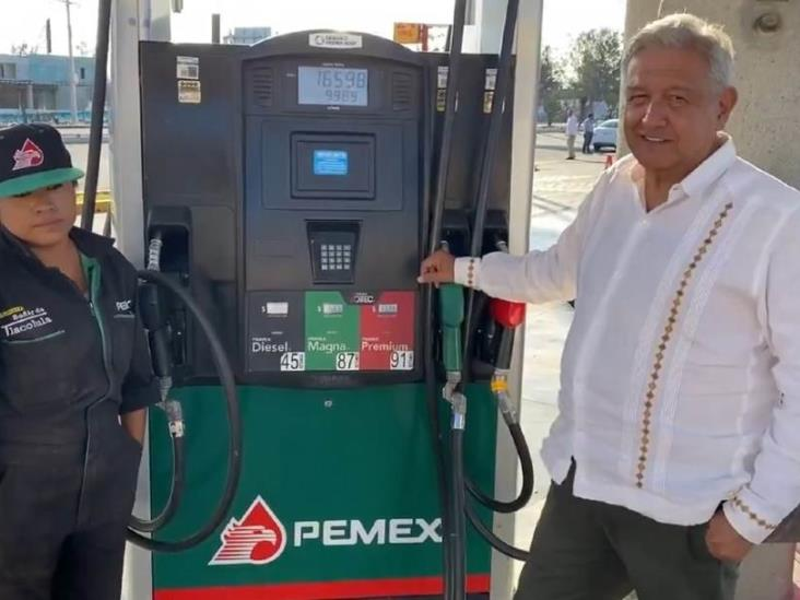 Decidí bajar la gasolina para atemperar crisis, dice AMLO