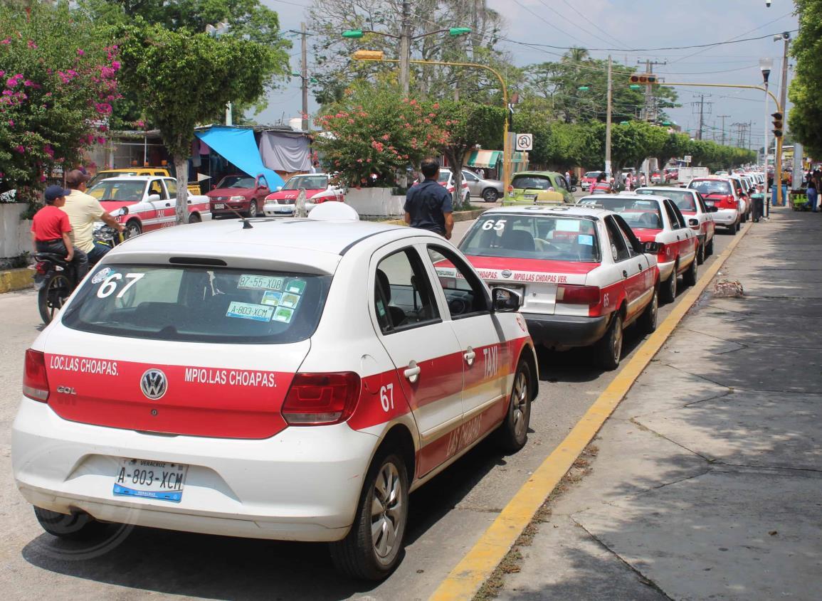 Taxistas de Las Choapas trabajan en estado de ebriedad, acusan