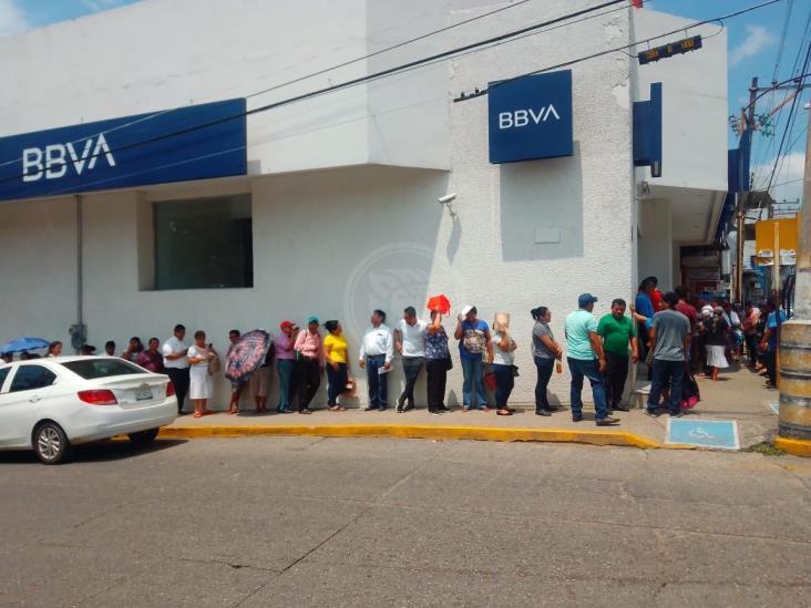 A merced de la delincuencia, cuentahabientes en Minatitlán