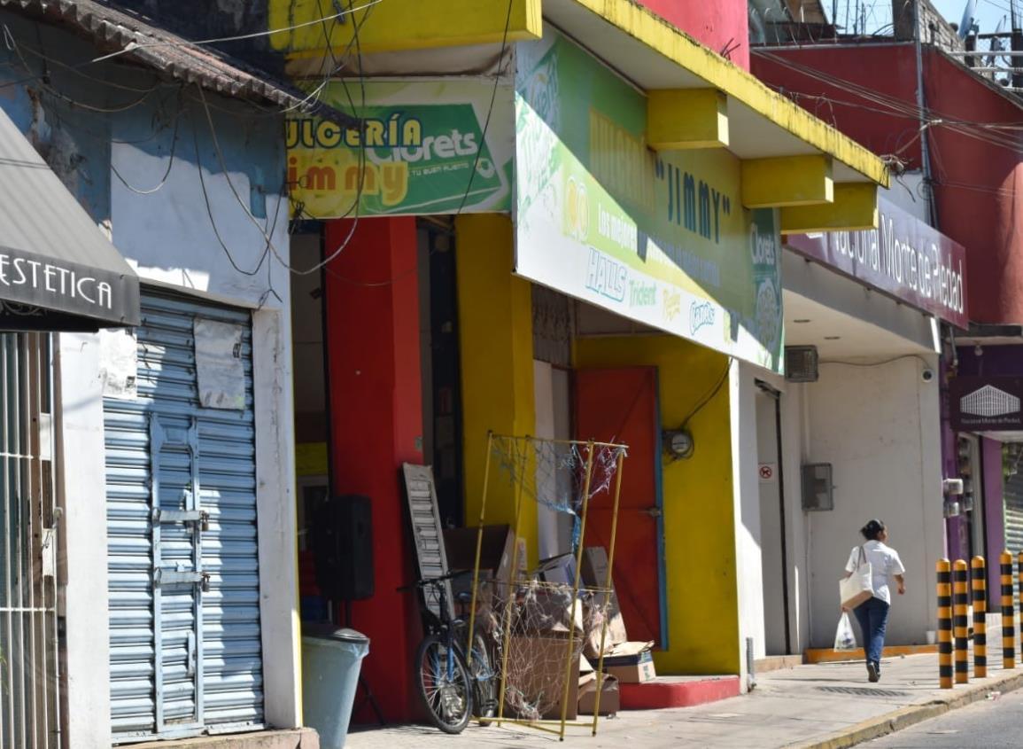 Asaltan dulcería en pleno centro de Acayucan