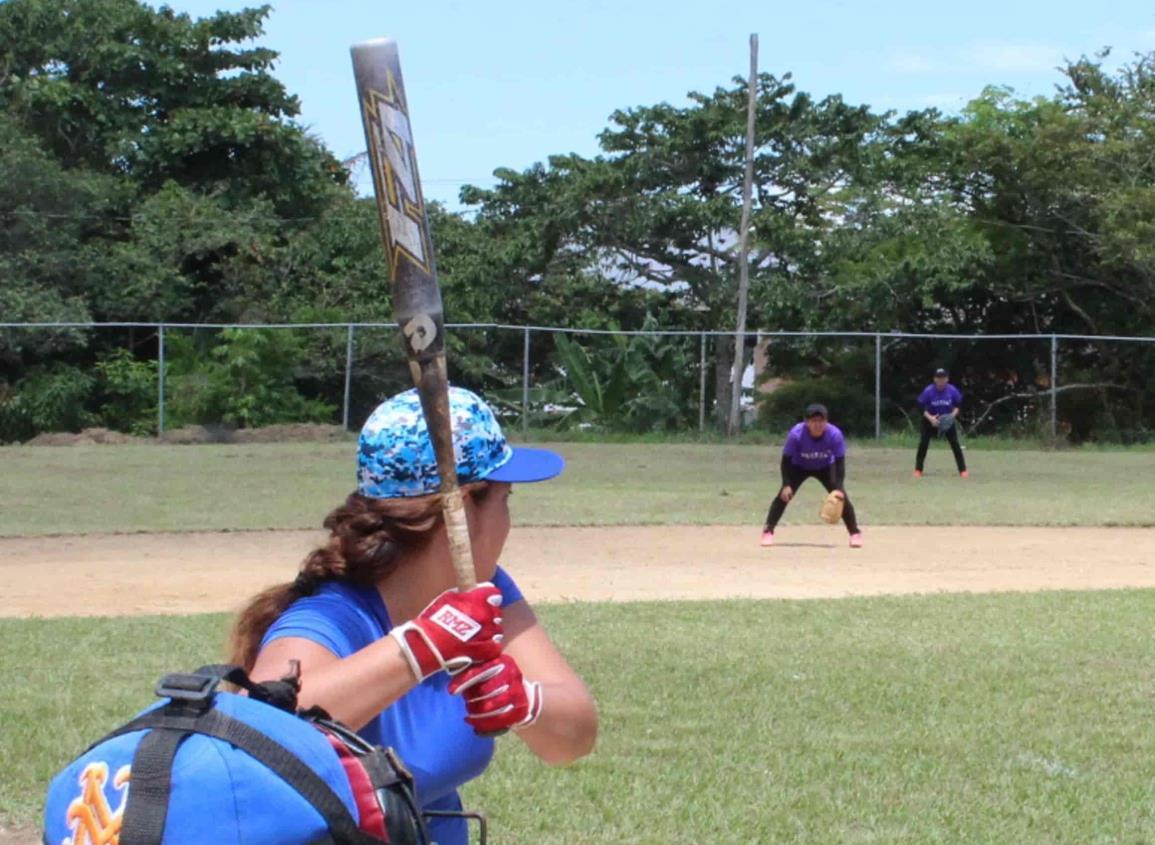 La Cuadra, quiere ser campeón en el softbol femenil de Tonalá