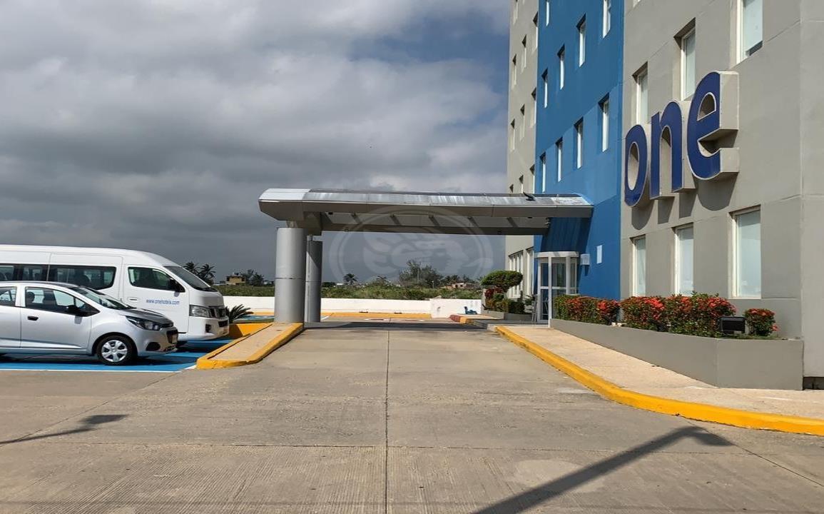 Hotel en Coatzacoalcos suspende servicios; habría más cierres