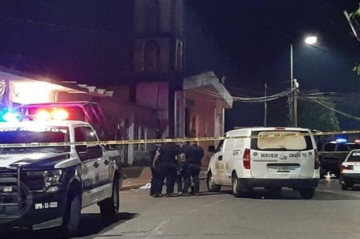 Asesinan a propietario de taller de vinil en Cosoleacaque