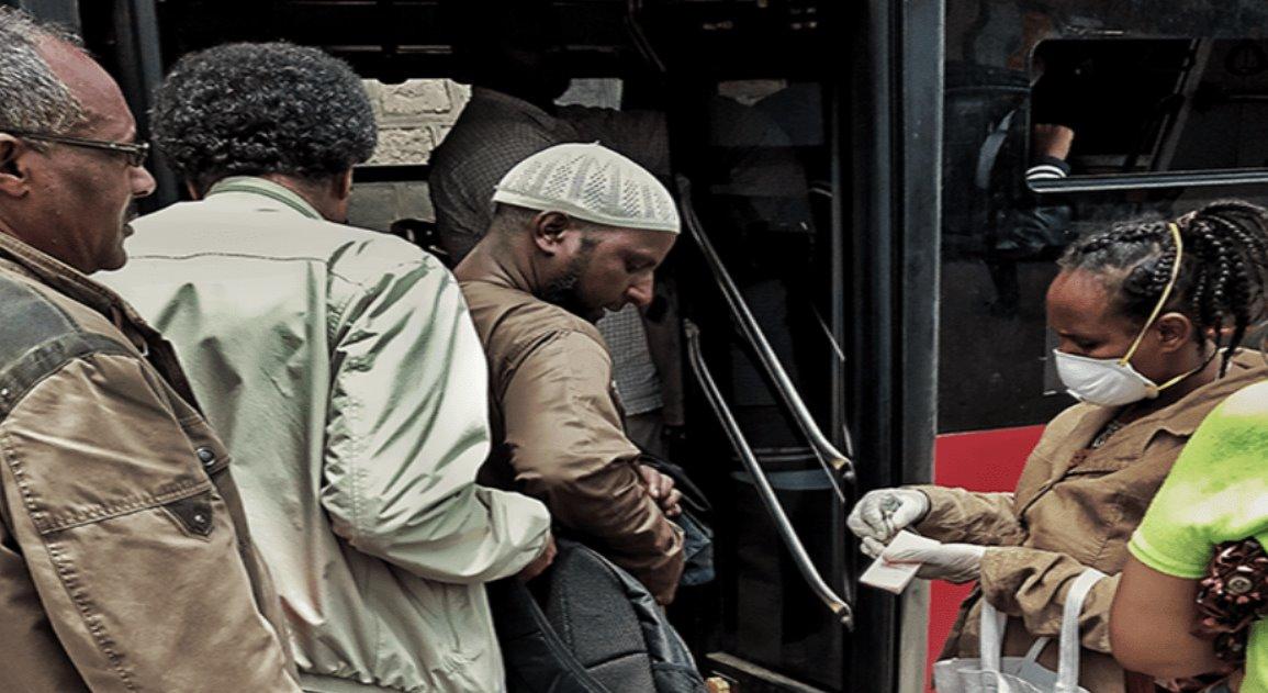 Banco Mundial y el FMI instan a posponer pagos de deuda de los países más pobres
