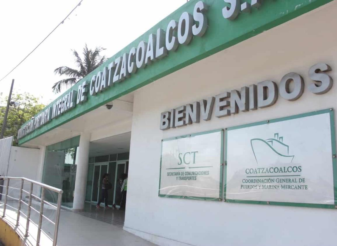 Coatzacoalcos, Puerto activo y protegido