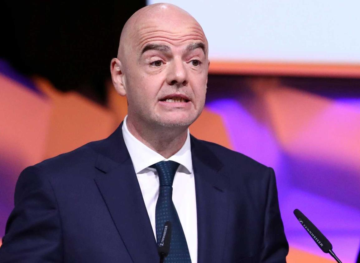 FIFA hace importante rebaja de sueldos a futbolistas
