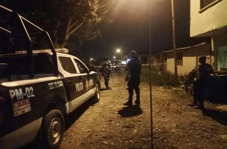 Hombres armados protagonizan balacera en colonia de Río Blanco