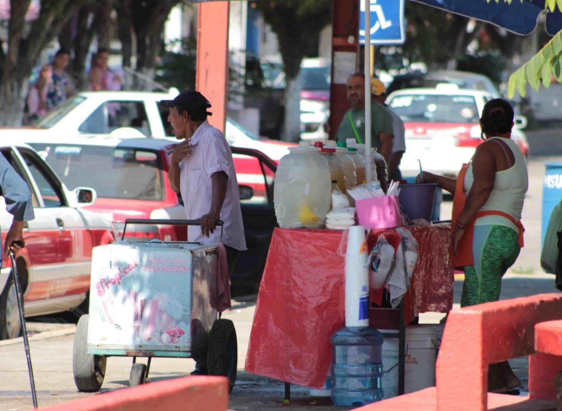 Comercio informal de Las Choapas no ha parado actividades