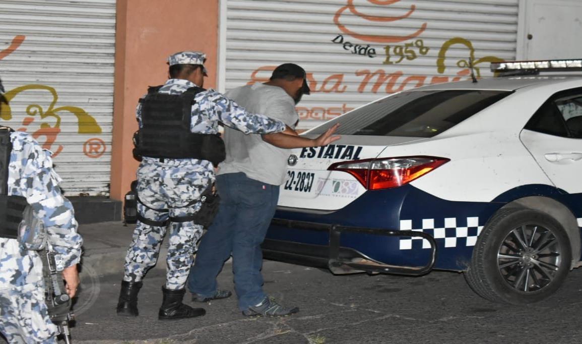 Detienen a hombre por acosar a jovencita en Acayucan