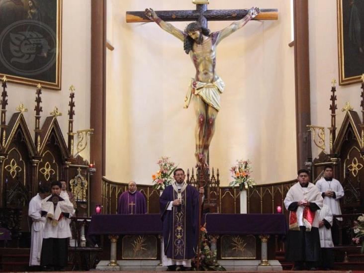 Se reanudan celebraciones eucarísticas en Catedral de Xalapa