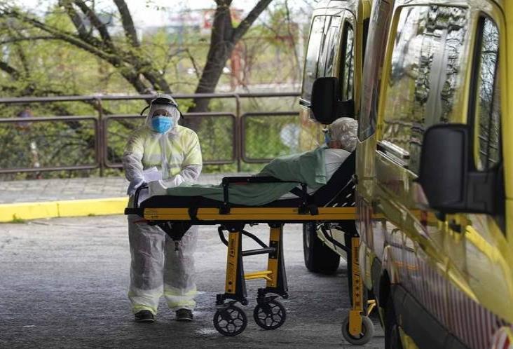 Supera España el pico de la epidemia por COVID-19