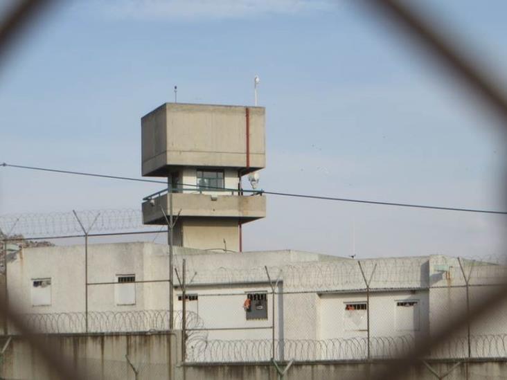 Revisan penales de Nuevo León por brote de COVID-19