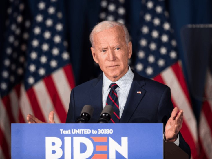 Exempleada de Joe Biden lo acusa de agresión sexual