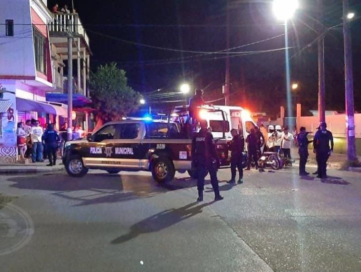 Delincuentes roban motocicleta y terminan lesionados en Minatitlán