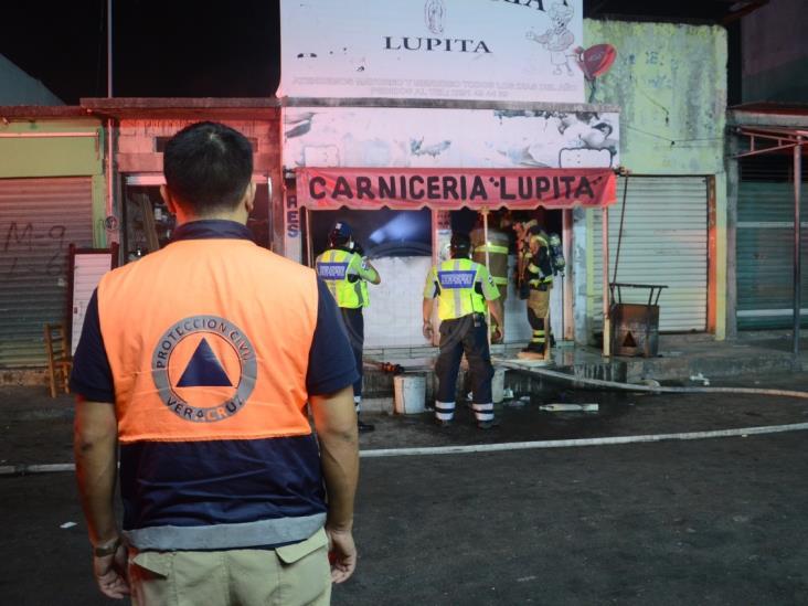 Se incendia dentro del Mercado Malibran carnicería en Veracruz