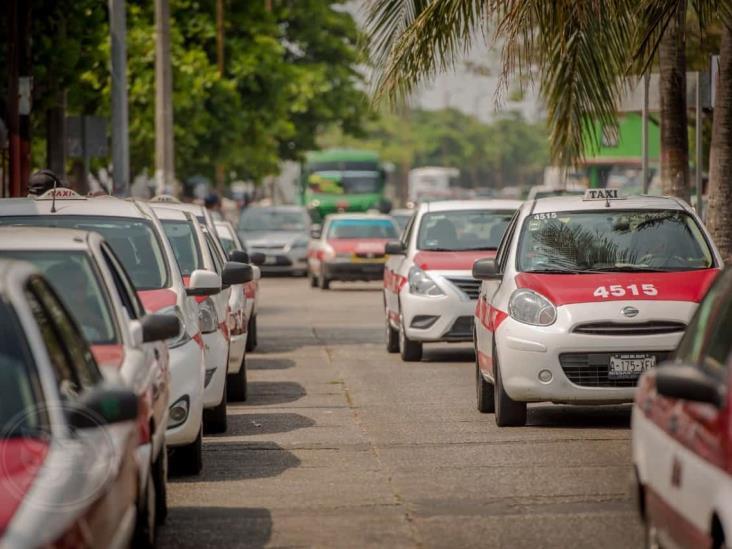Transportistas afectados por la pandemia; no les alcanza para cubrir la cuenta