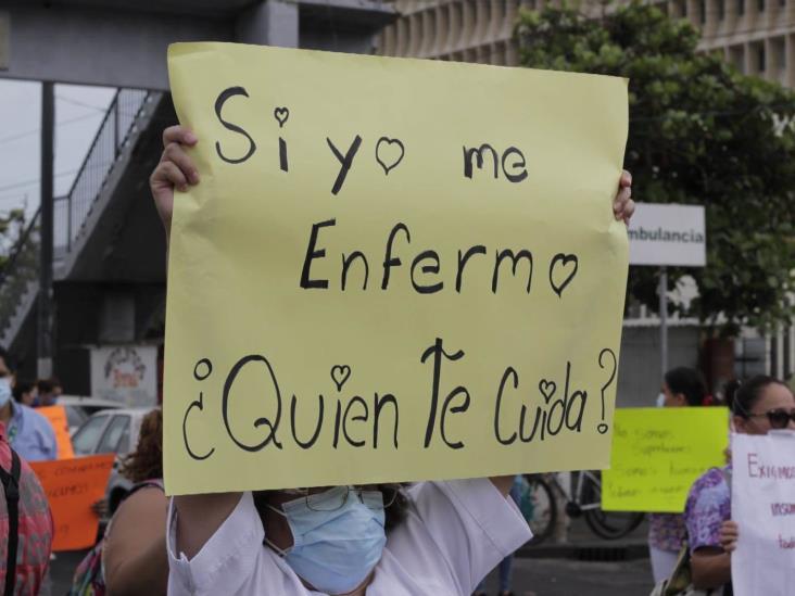 Protección y protocolos ante COVID-19,  inadecuados: personal de Salud en Veracruz