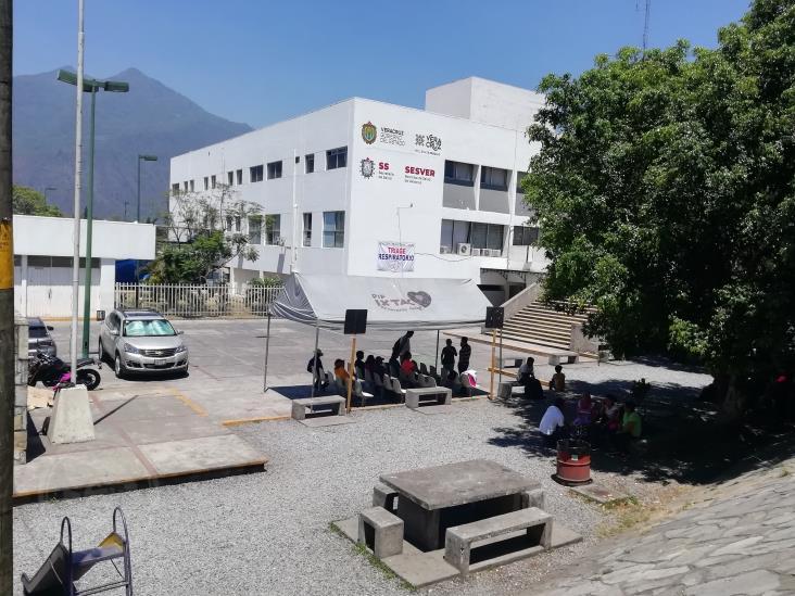 Ingresan a hospital de Río Blanco a paciente con COVID-19