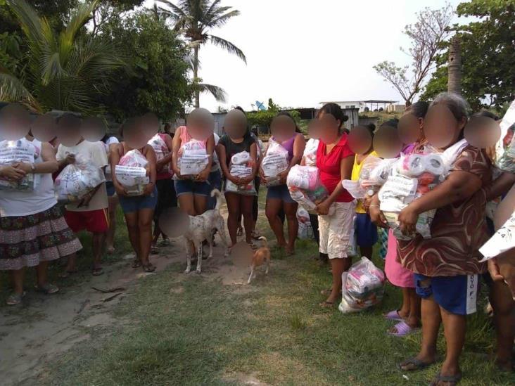 Habitantes de Coatzacoalcos recibieron despensas de los Zetas