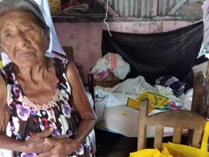 Agradece ancianita apoyo de la ciudadanía en Coatzacoalcos