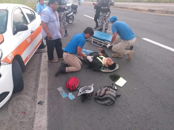 Sayuleño fue arrollado por taxi de Acayucan