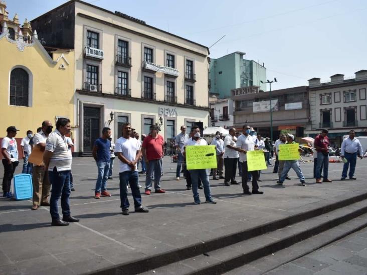 Se desploman ingresos de taxistas veracruzanos; urgen apoyos