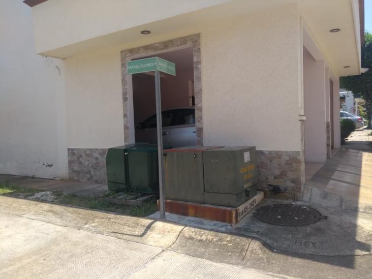 Transformador subterráneo no abastece a colonos en Minatitlán