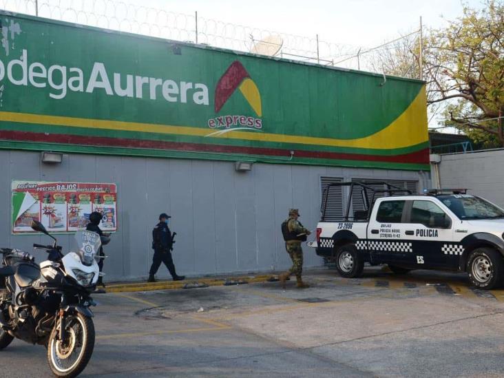 En Veracruz, sujetos armados asaltan cadena comercial