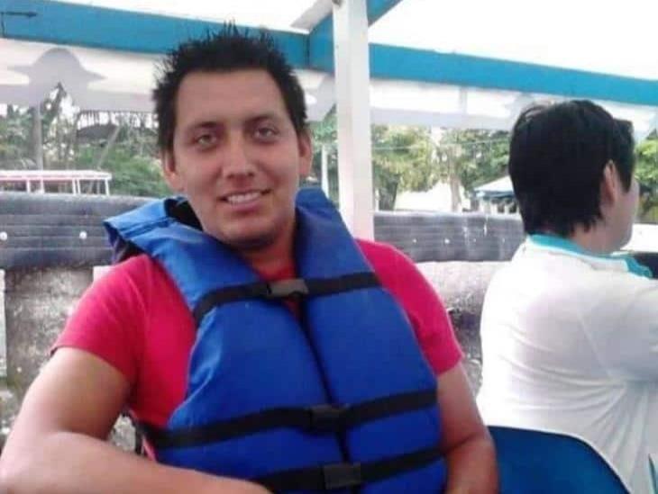 Desaparece joven de Rodríguez Clara; salió en su auto y ya no regresó