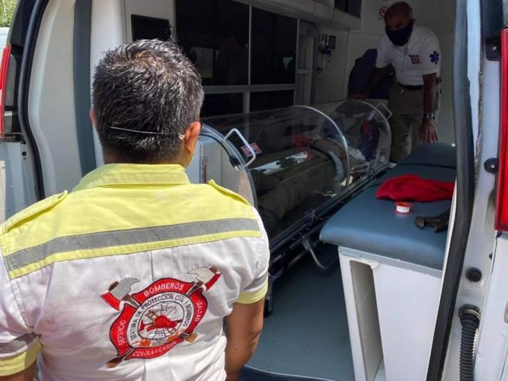 Equipan ambulancia y unidad médica de Cosoleacaque