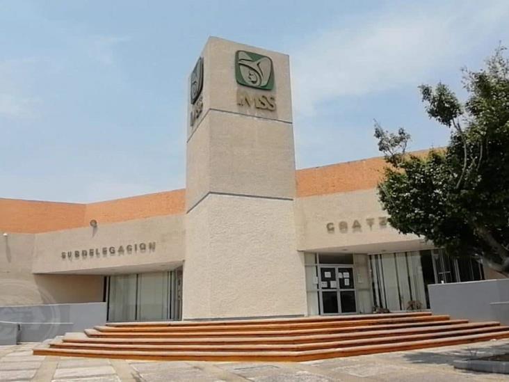IMSS Veracruz sur, abre línea telefónica para trámites y orientación médica
