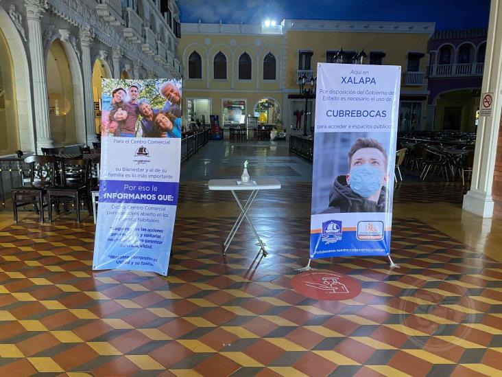 Plaza Américas desolada en Xalapa; 95% cerrado