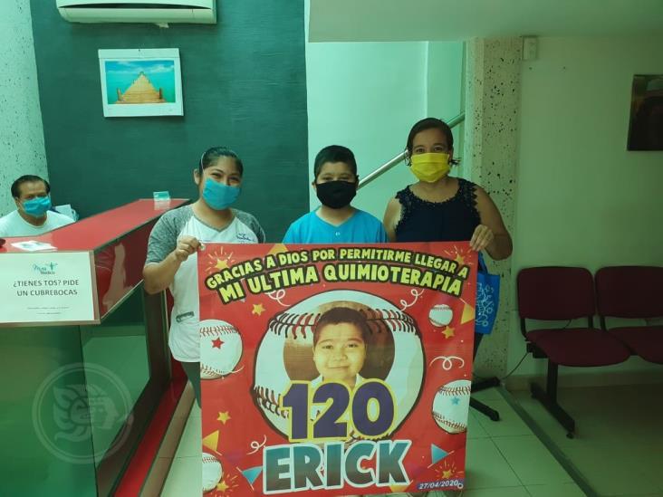 Erick, niño de Minatitlán, enfrenta su quimioterapia 120