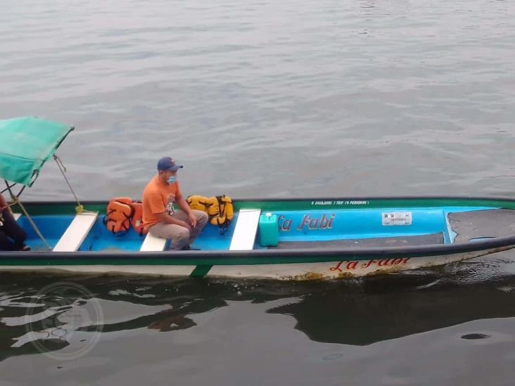 En Minatitlán, tratan de protegerse por su cuenta los lancheros