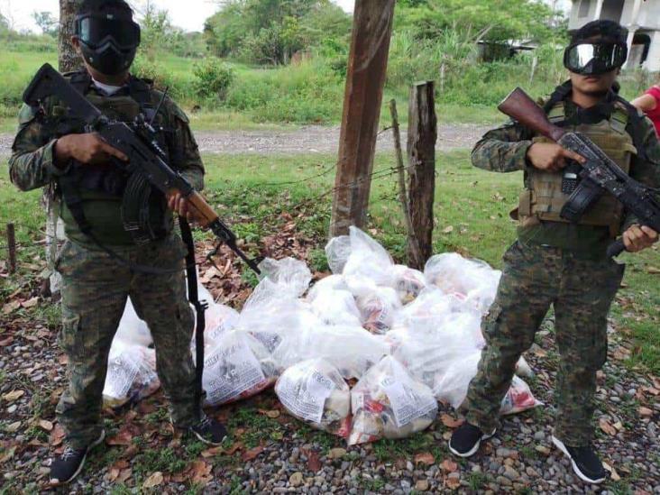 En feudos del PAN, narco entrega más despensas en Veracruz