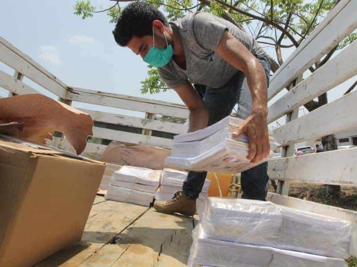 Siguen llegando cuadernillos de Veracruz Educando a Distancia´ a zonas marginadas